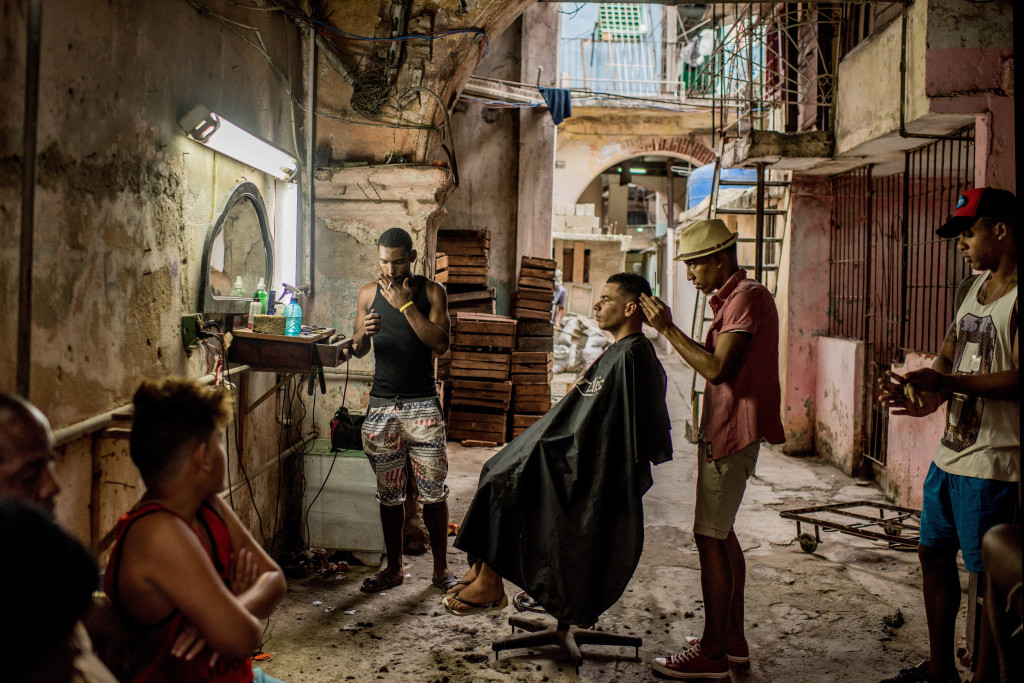 Daily Life - First Prize, Stories © Tomas Munita, for The New York Times Title: Cuba On The Edge Of Change